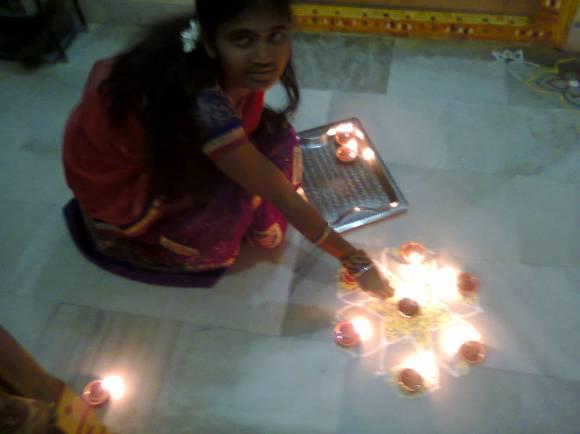 Ramya with deepaalu